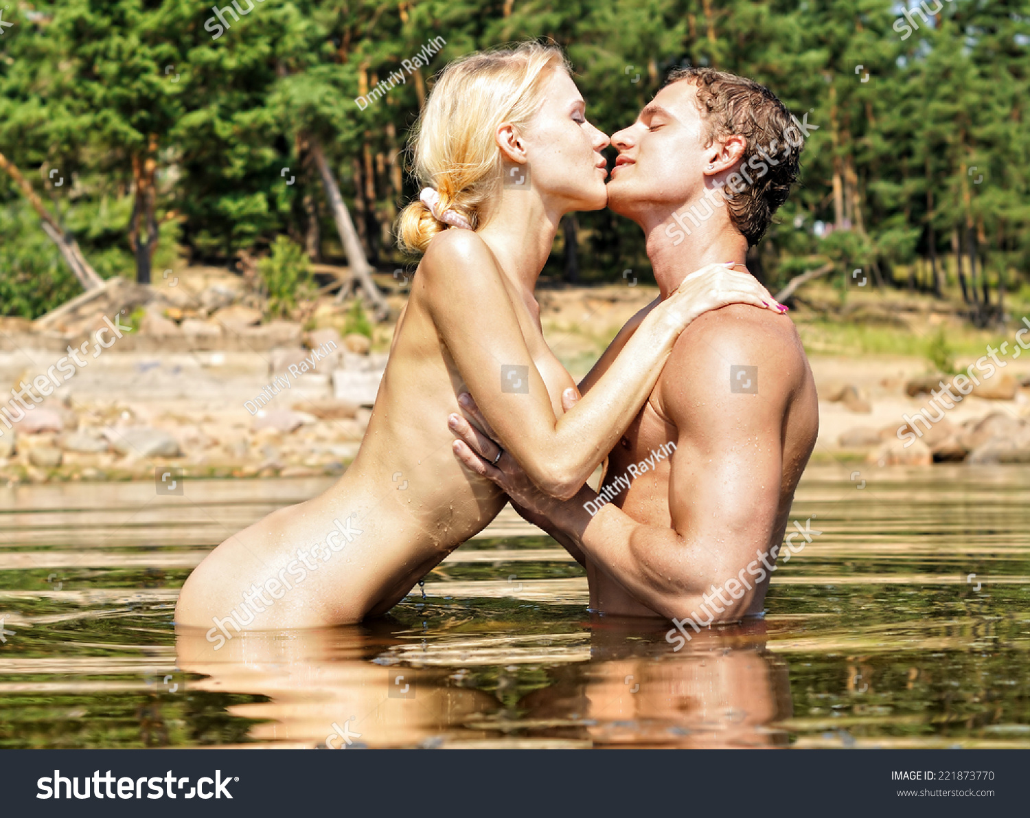 Naked Women In The Water 3