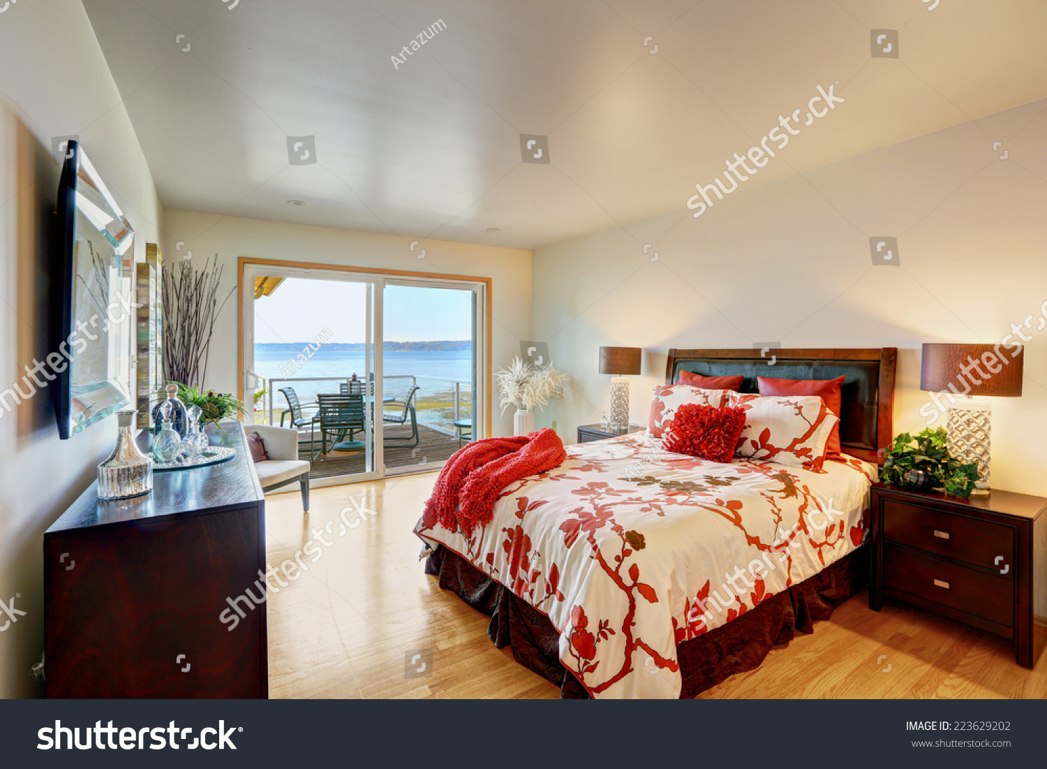 Romantic Master Bedroom Interior Walkout Deck Stock Photo Edit Now 223629202
