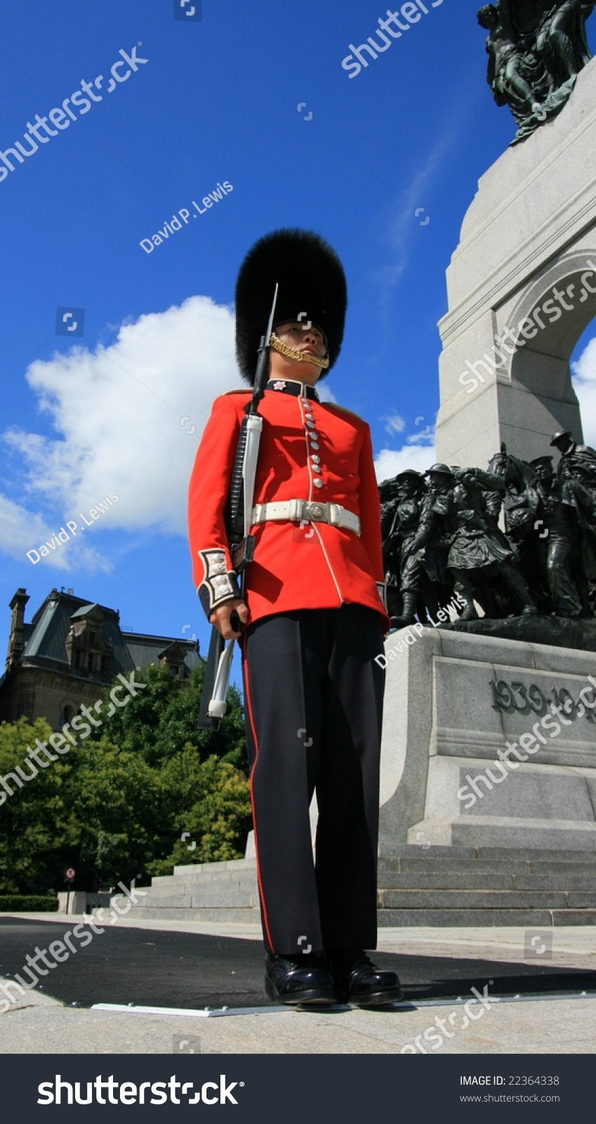 The governor general s foot guards -  Governor General S Foot Guard At The National War Preview Save To A Lightbox