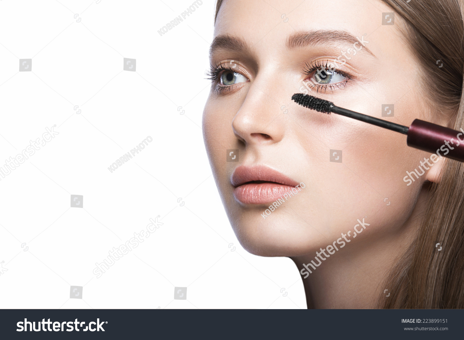 Beautiful Young Girl Light Natural Makeup Stock Photo 223899151 Shutterstock