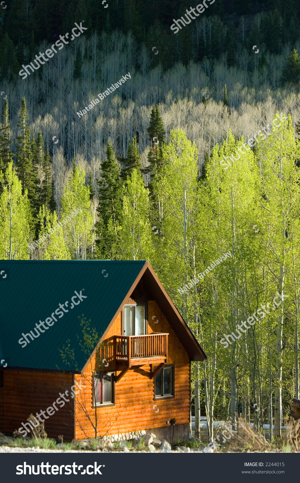 Cozy Wooden House Mountains Stock Photo Shutterstock - Cozy wooden house