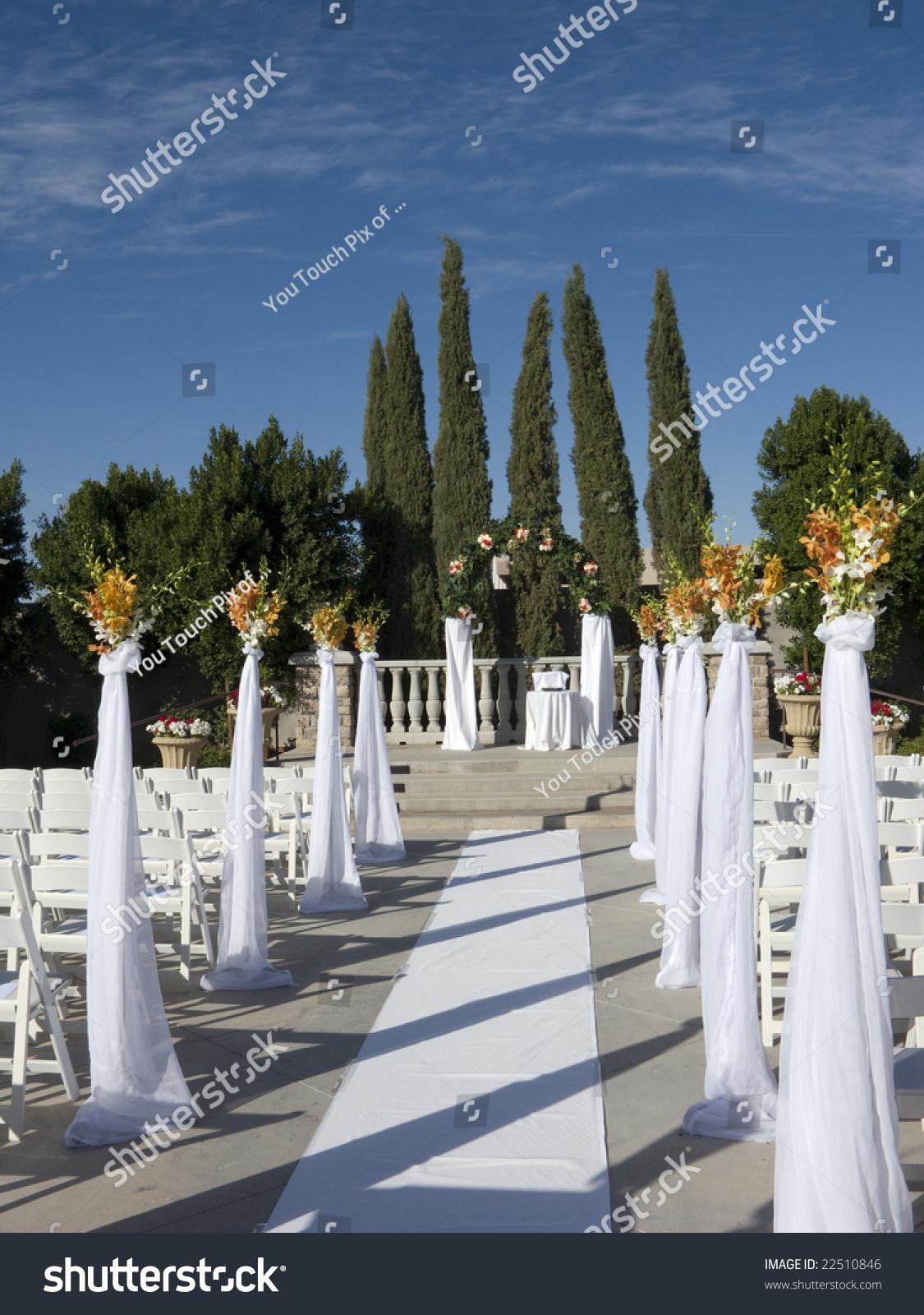 Wedding Ceremony Altar Walkway
