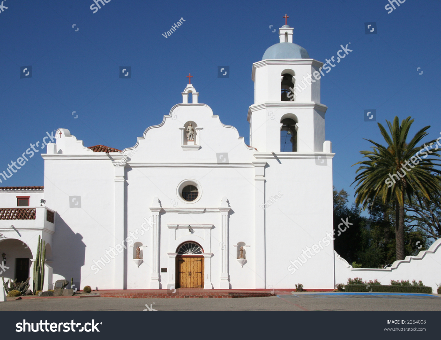 new church hispanic singles One can be the loneliest number, especially in the church today, there are more singles in the united states than at any other time in history – 436 percent of the us adult population are unmarried, according to the 2010 us census.