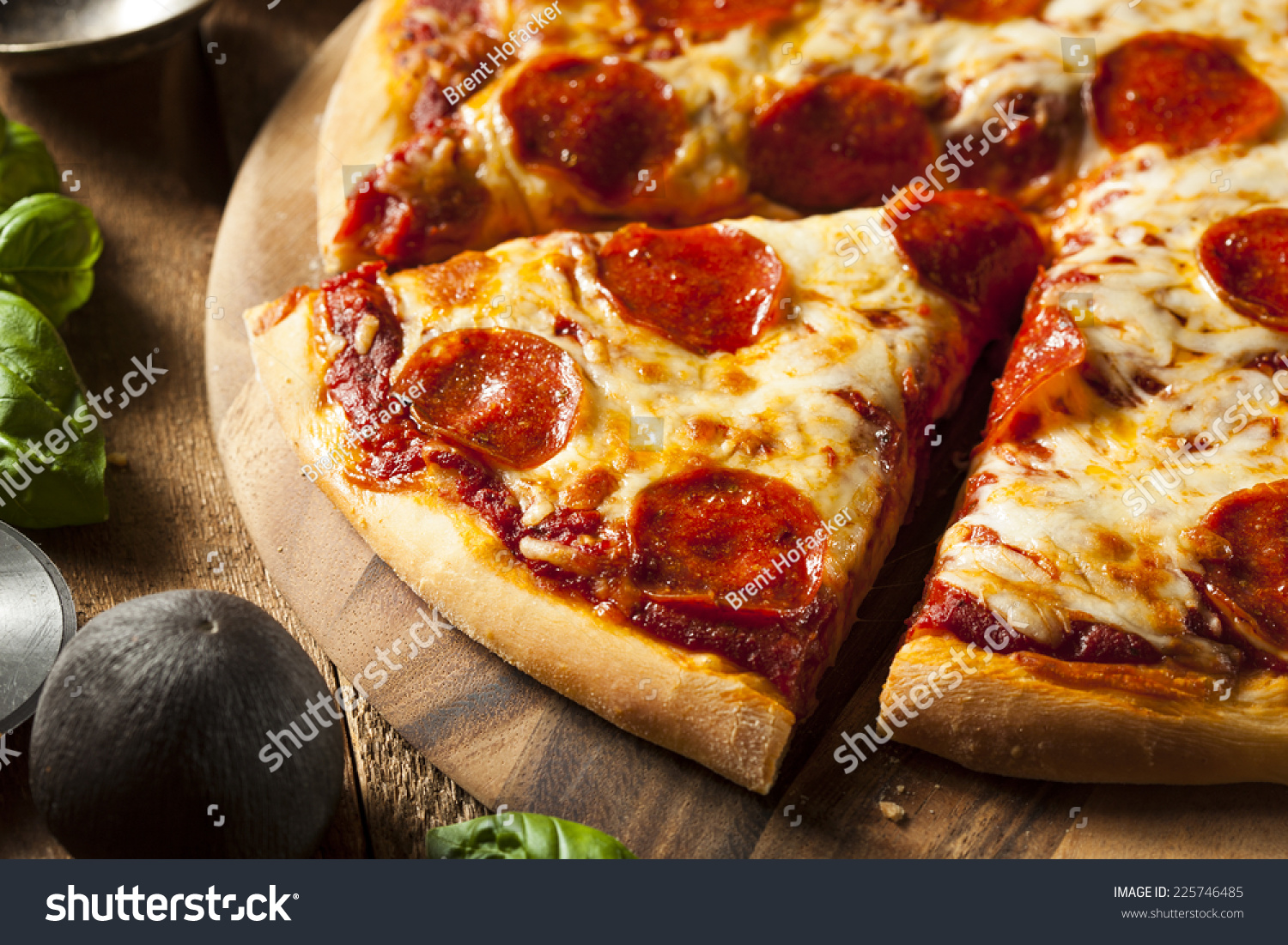 hot homemade pepperoni pizza ready to eat stock photo 225746485 shutterstock. Black Bedroom Furniture Sets. Home Design Ideas