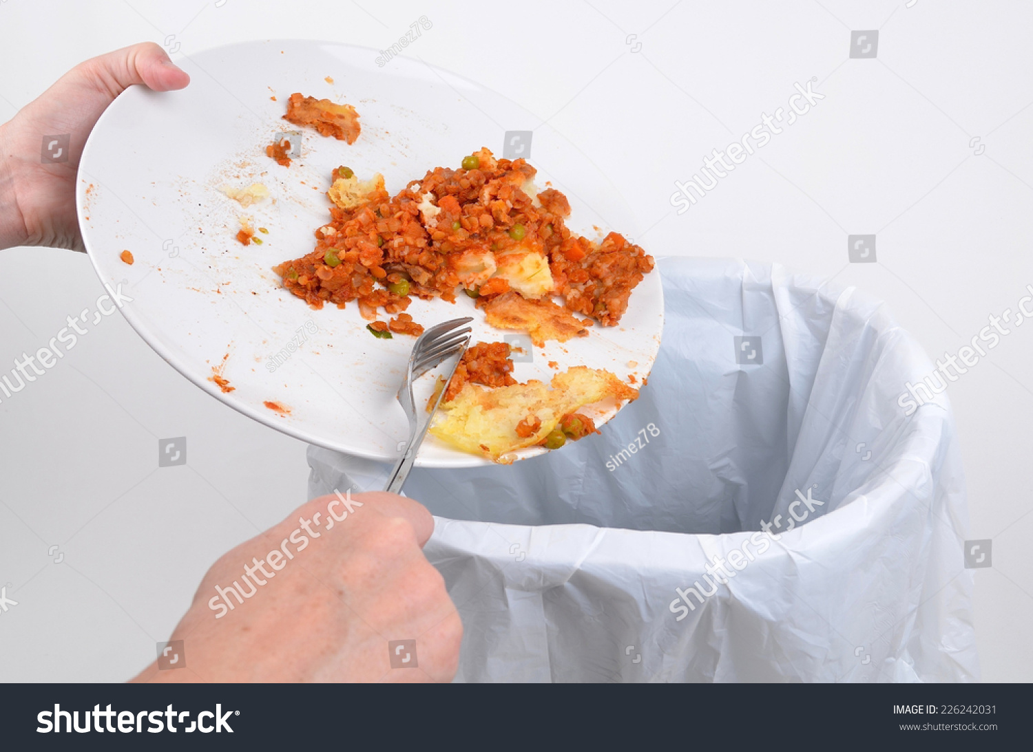 scraping food waste plate into garbage stock photo no dirty dishes clipart dirty dishes clipart free