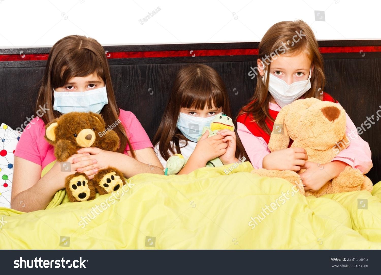 children mask virus