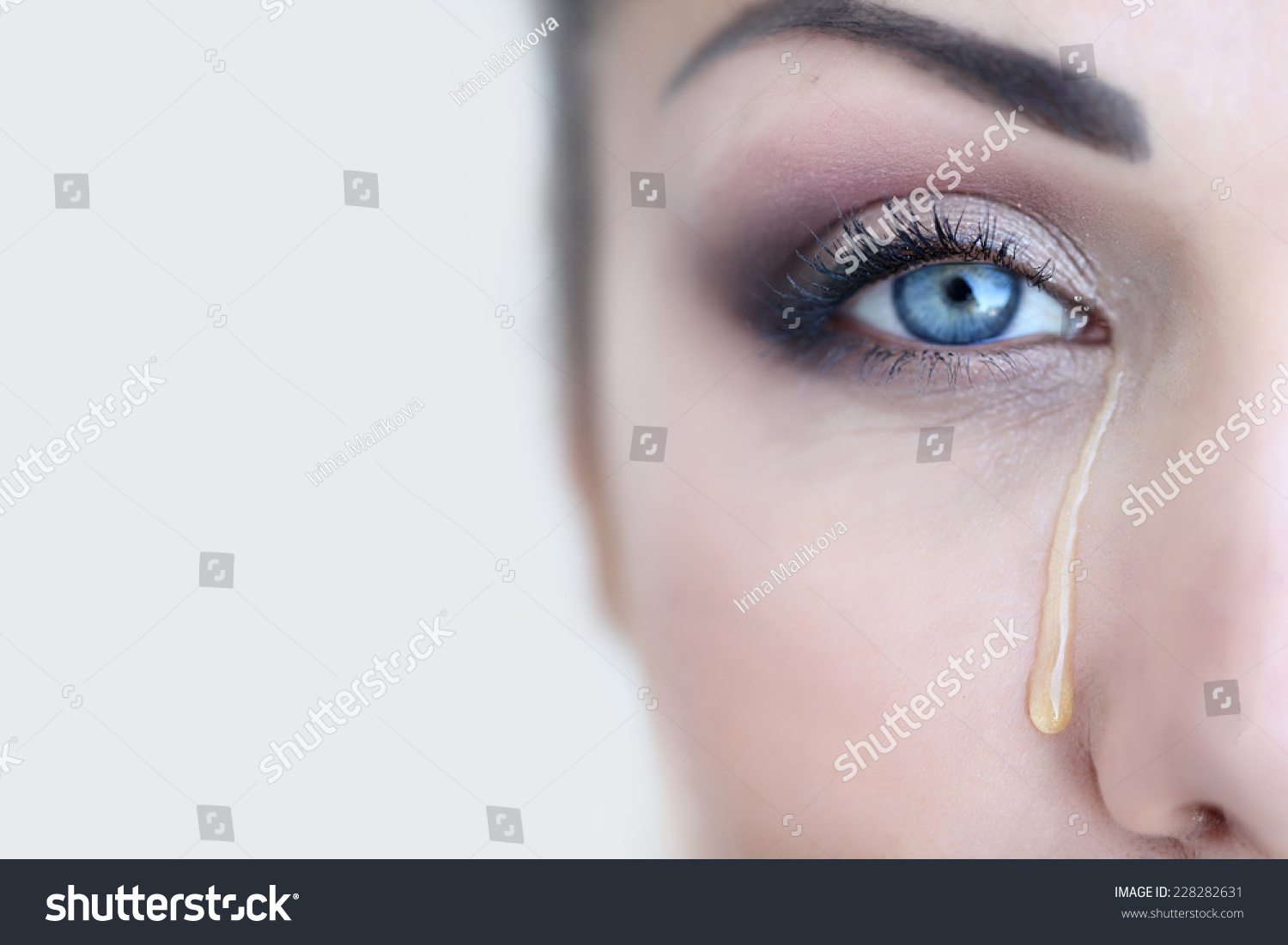 tear of happiness in her eyes Something resembling or suggesting a tear dictionarycom unabridged based on the random house dictionary in the eyes tears wet the membrane covering the eye and help rid the eye of irritating substances the american heritage science dictionary.