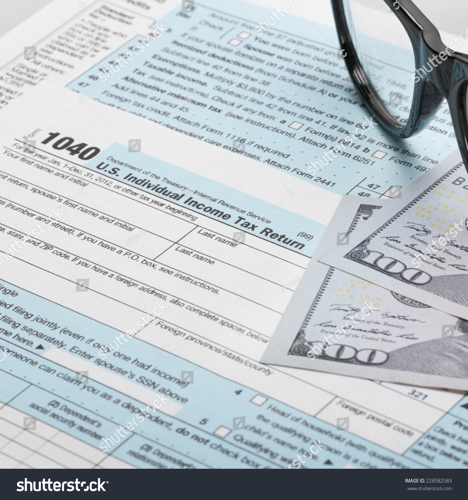 United States federal income tax return IRS 1040 documents | EZ Canvas