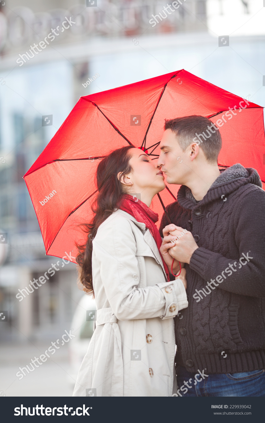 Umbrella with Red Lips Kissing Loves