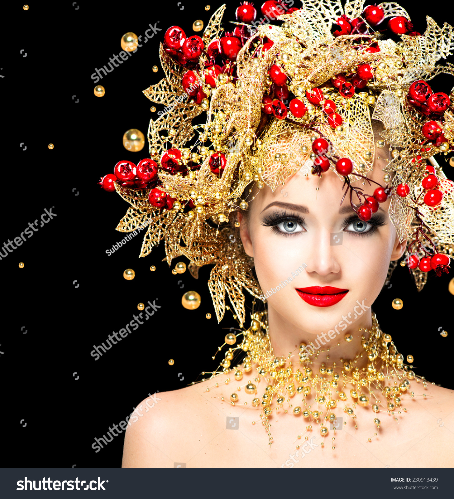 Christmas Winter Fashion Model Girl With Golden Hairstyle And Make Up Beauty Woman Beautiful