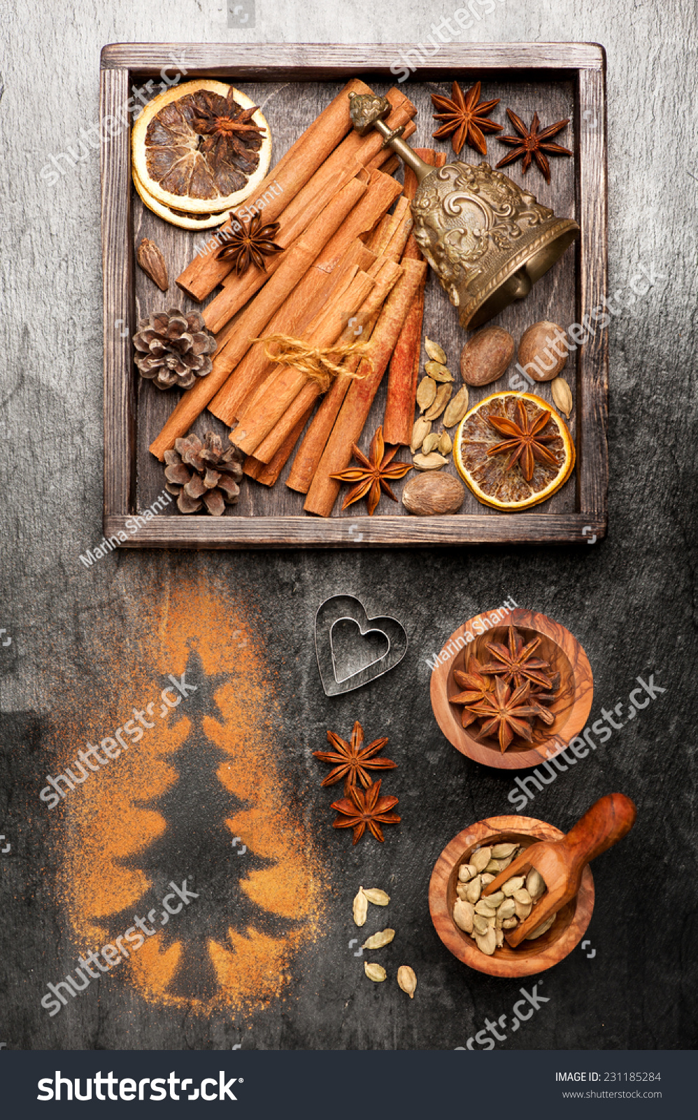 Vintage christmas card spices baking christmas stock photo for Baking oranges for christmas decoration