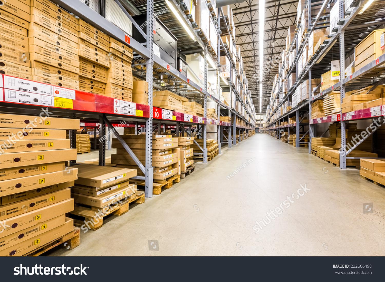 ELIZABETH, NJ, USA   NOVEMBER 23, 2014: Warehouse Aisle In An IKEA