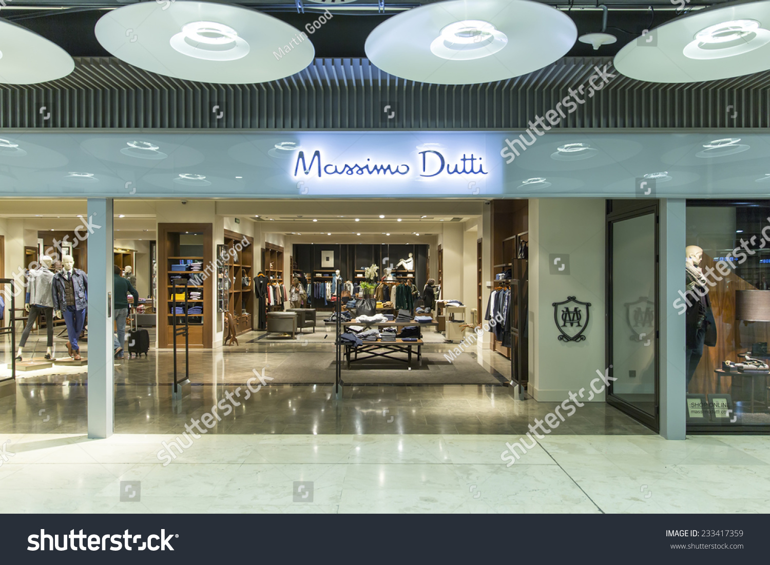 madrid spain november 14 2014 a massimo dutti fashion store founded in 1985 it was. Black Bedroom Furniture Sets. Home Design Ideas