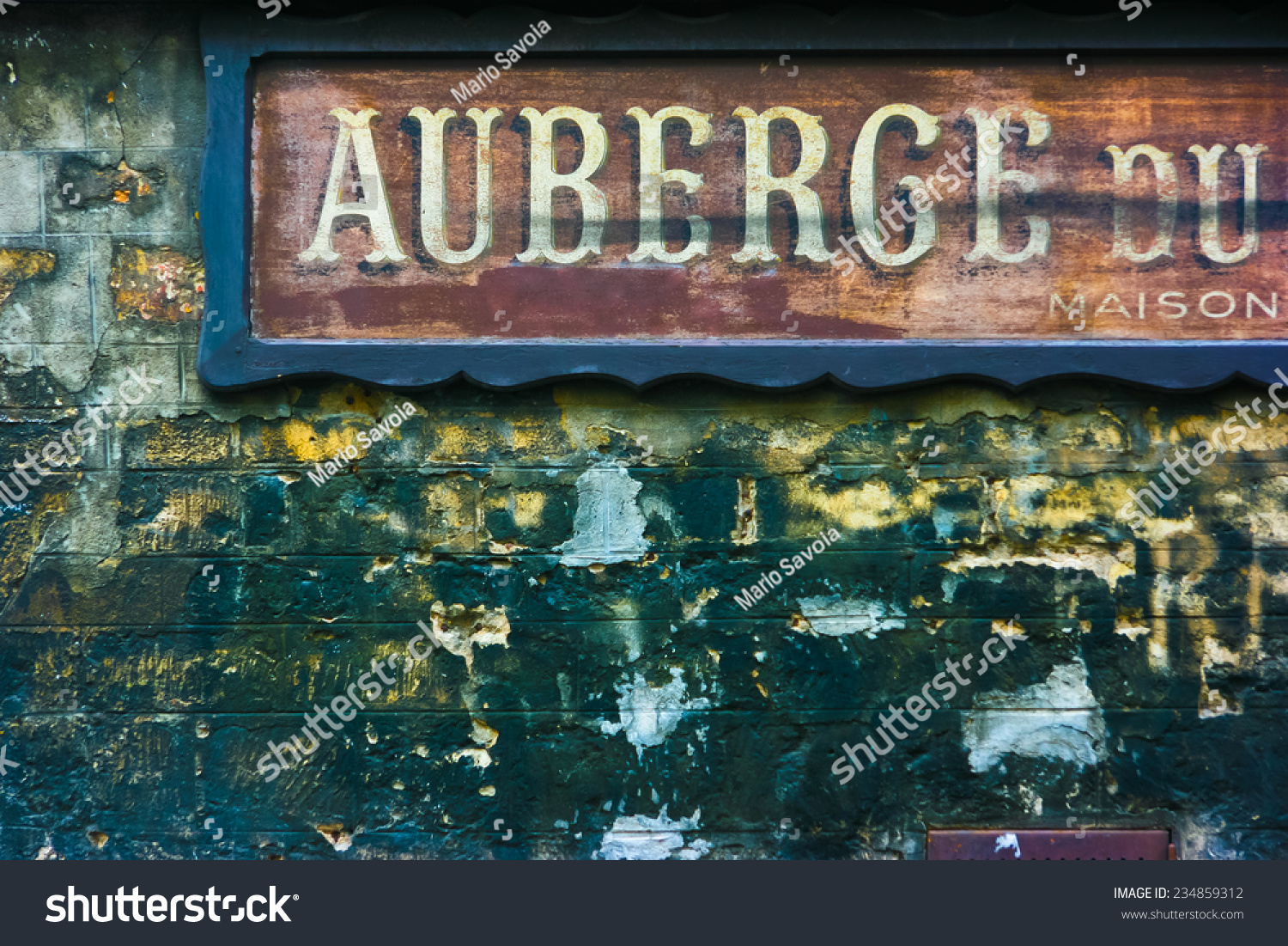 Old hotel signage in paris france auberge means hotel for What does maison mean in english