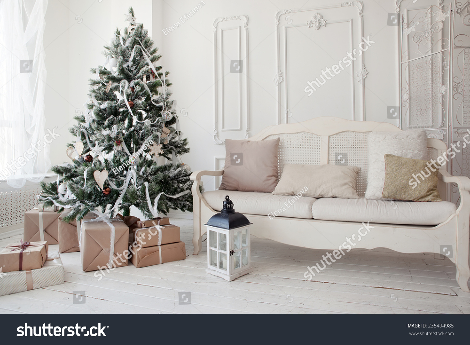 Christmas Tree Presents Underneath Living Room Stock Photo (Download ...