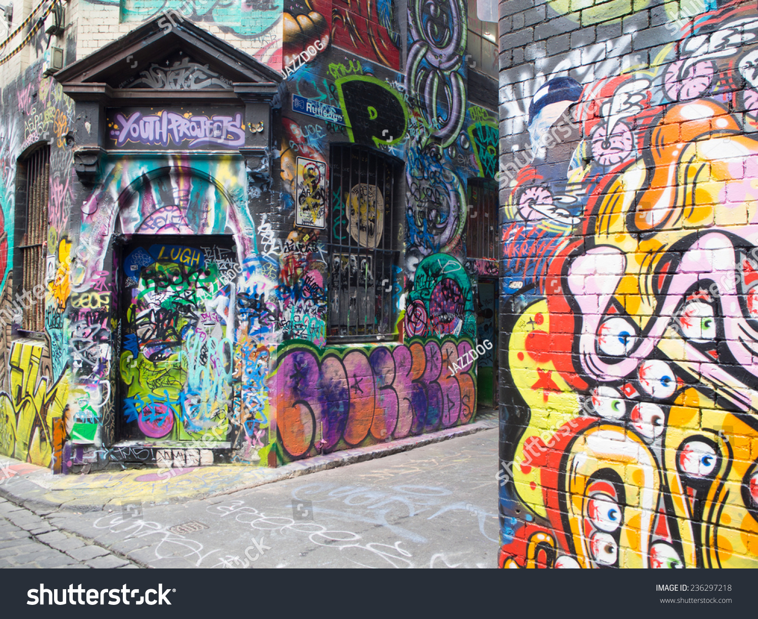 Melbournes Graffiti Created By Unidentified Artist One Of The Most Famous Landmark For Tourist