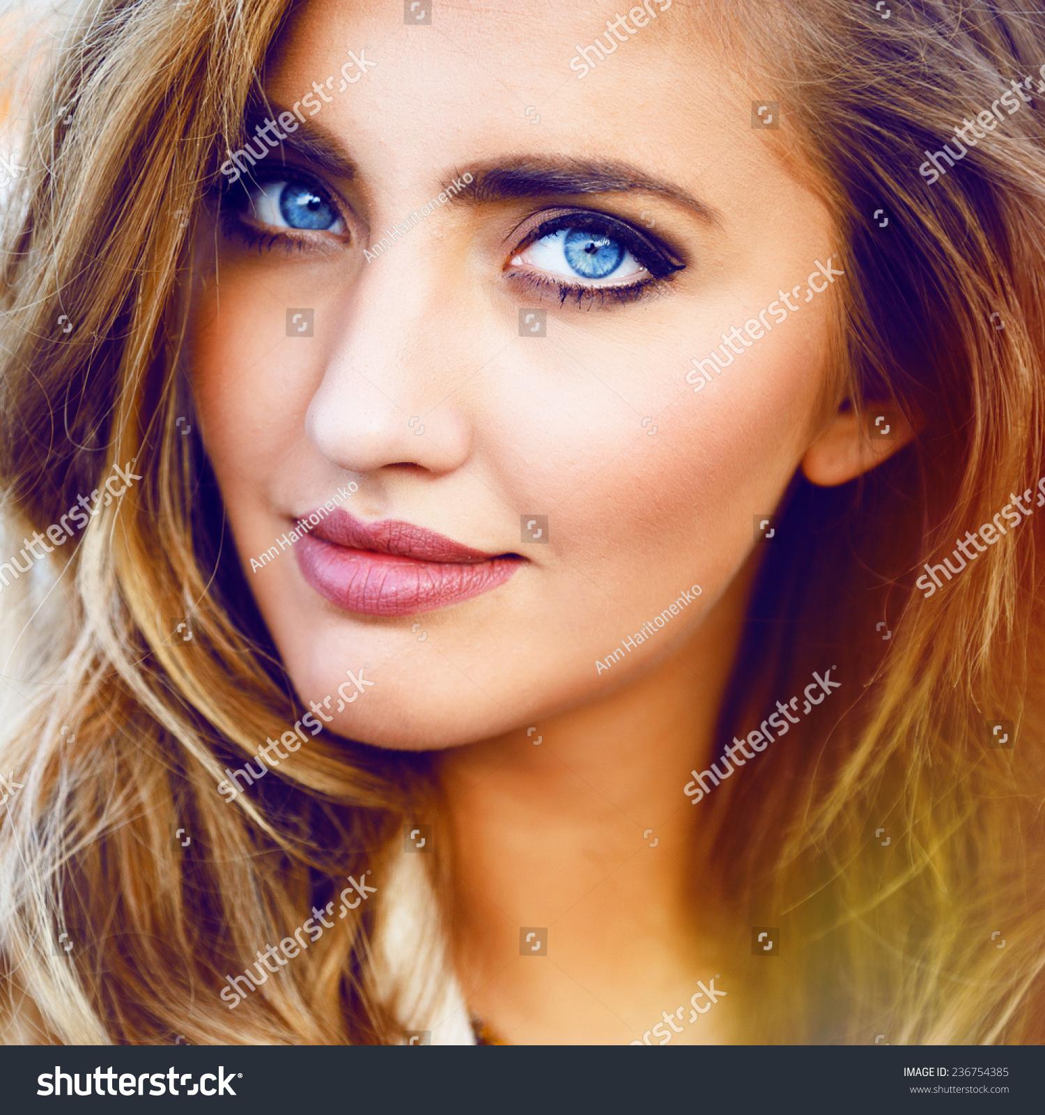 blue eyed blonde sex