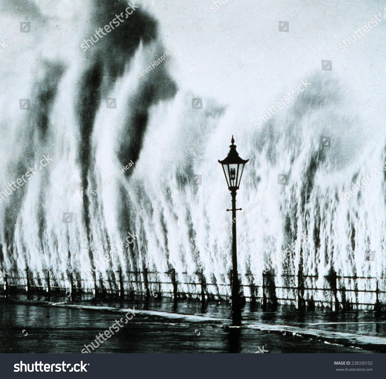 New England Hurricane Waves Striking Seawall Stock Illustration ...