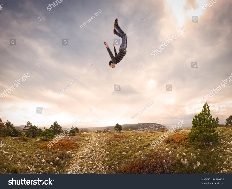 Падающее небо  википедия с комментариями