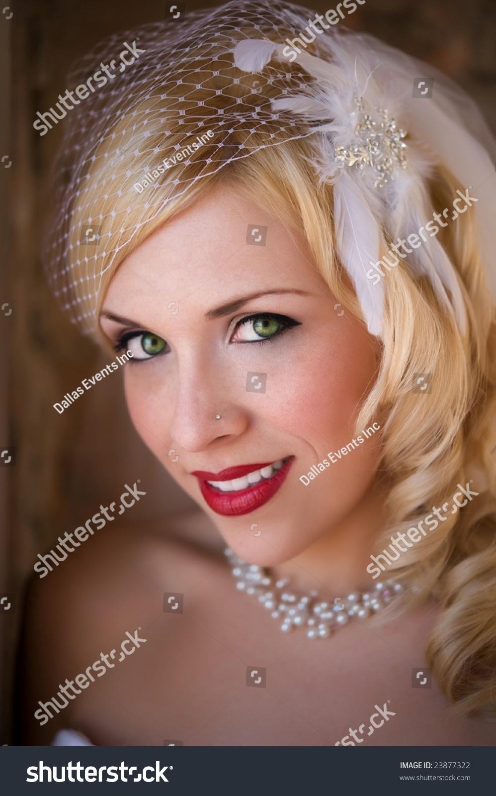 beautiful bride eyes - photo #29