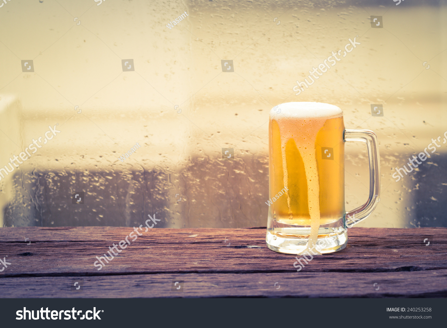 glass beer on wood - photo #9