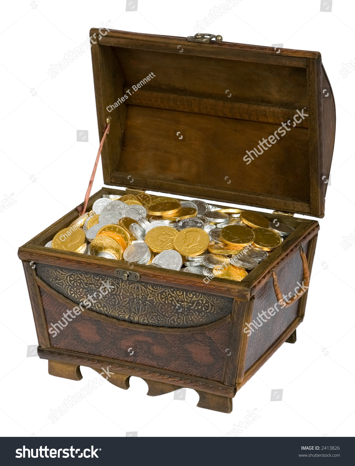 wooden treasure chest filled with gold u0026 silver chocolate candy coins