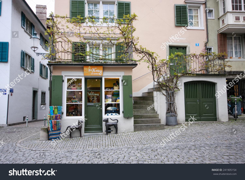 Zurich switzerland april 19 2014 lea kray joyjewels for Lea boutique