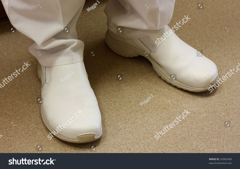 Healthcare Habit : Spotlight on Medical Shoes