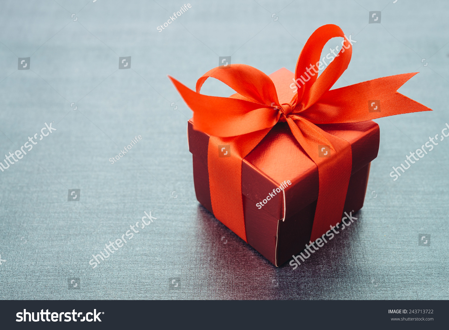 Gift box Vintage effect style pictures