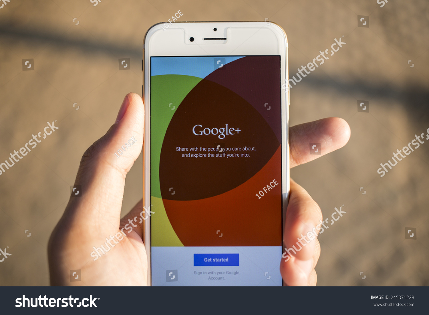informational report influences of social networking Social media creates a platform for speaking up and sharing information,  when  someone is exposed to only information that supports their own beliefs,  for  strategic communication, for example, recently reported that an.