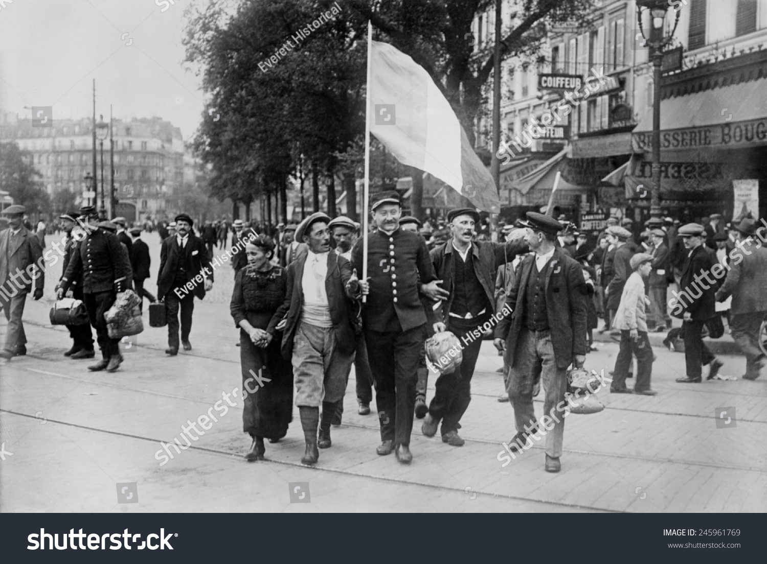 WWI French Reservist Soldiers Marching Front Stock Illustration ...