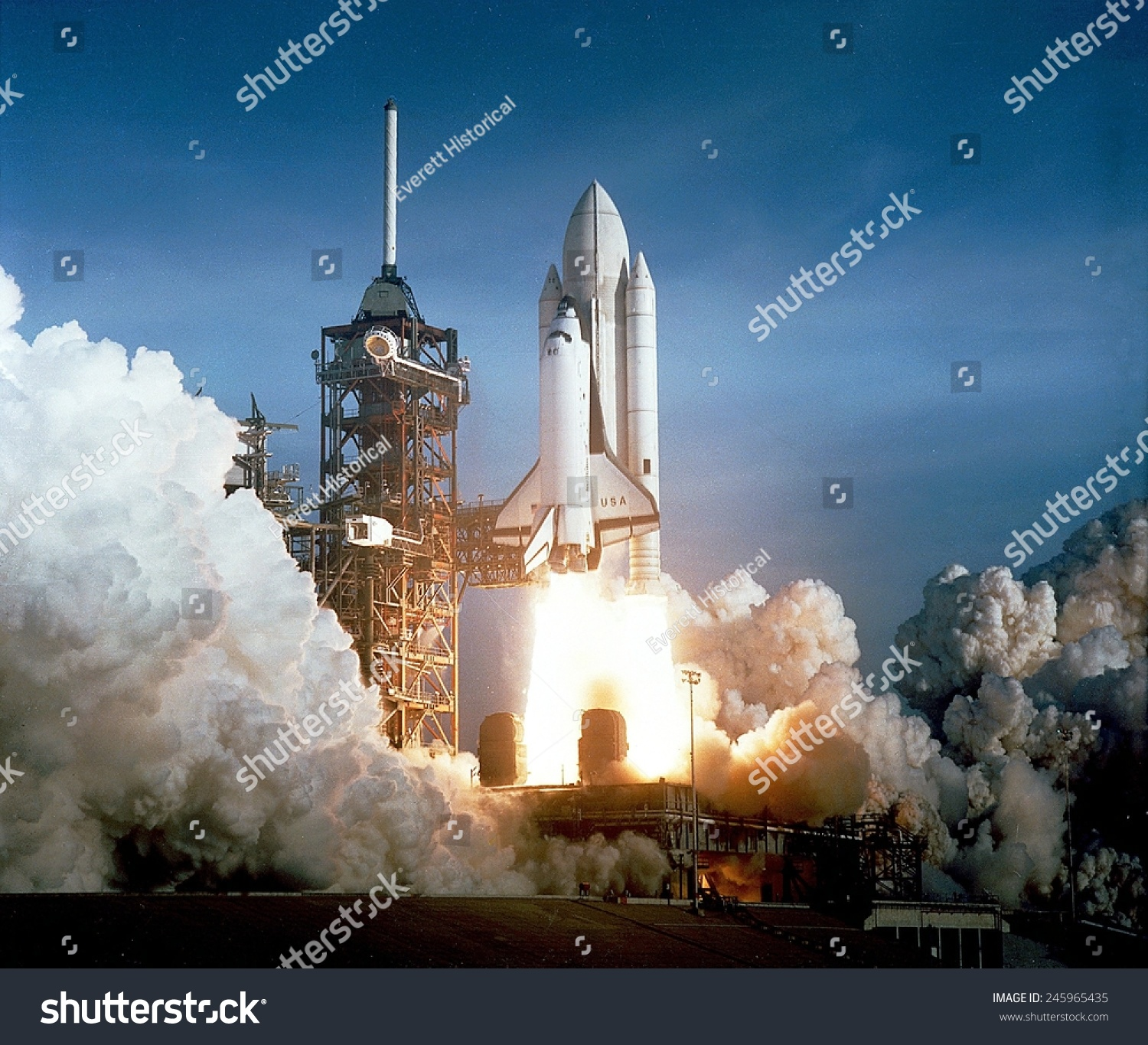 picture of the first u.s space shuttle - photo #6