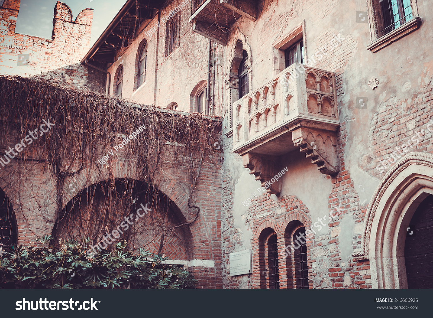 Famous juliets balcony verona stock photo 246606925 for Famous balcony