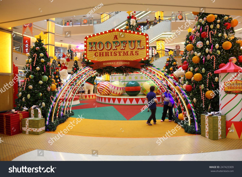 SELANGOR MALAYSIA DECEMBER 17 Beautiful Christmas Stock Photo (Edit ...