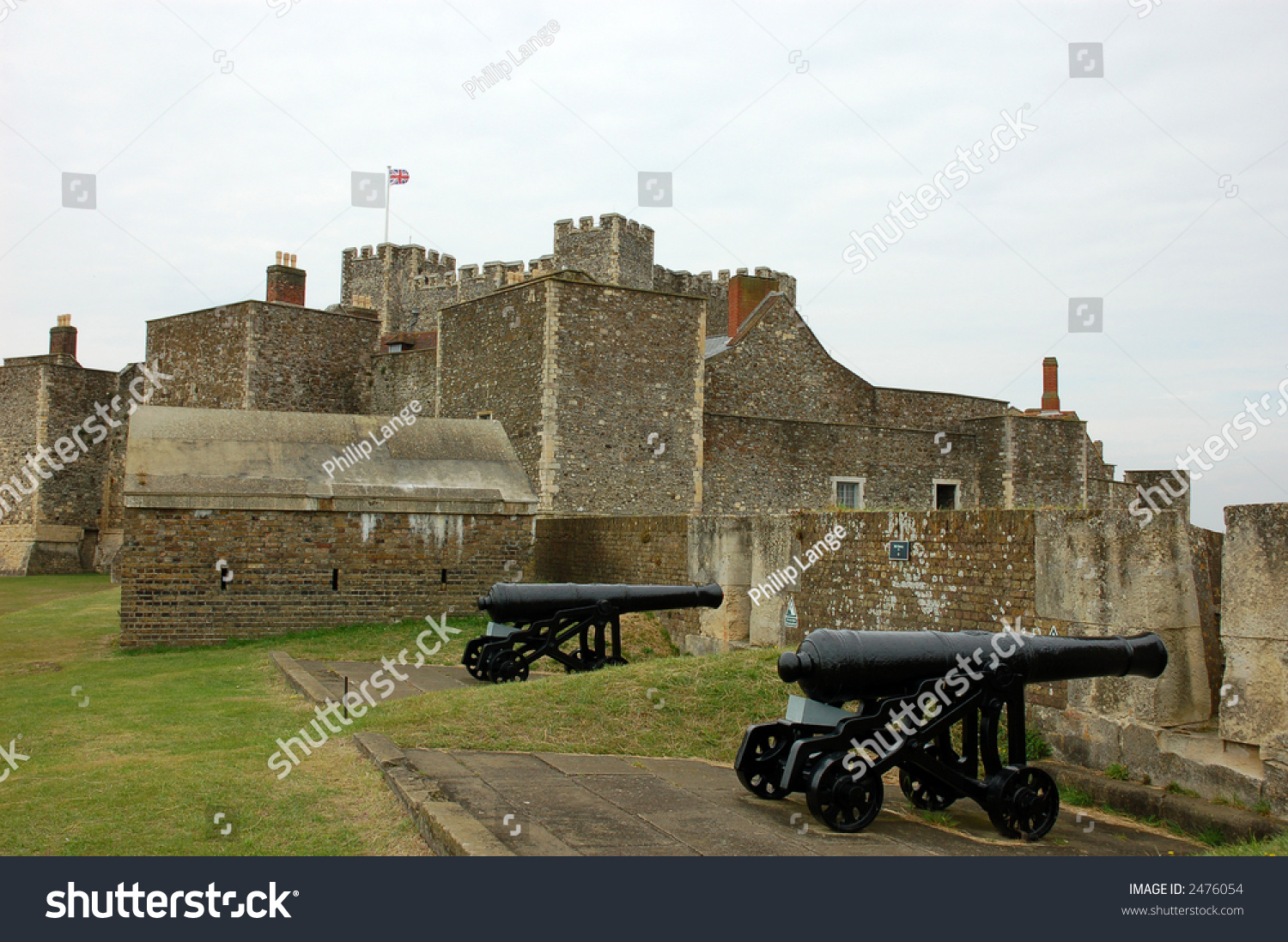 http://image.shutterstock.com/z/stock-photo-cannons-at-the-dover-castle-england-2476054.jpg