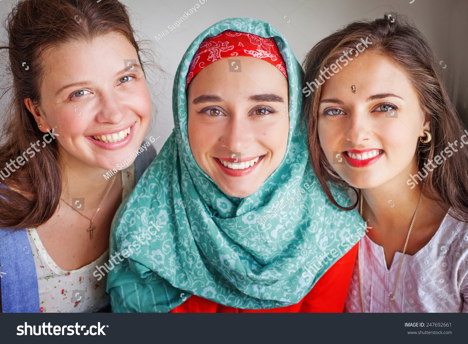three diverse faiths 1 unit 7 the spread of religions section 1 unit materials questions to consider question 1 how did buddhism, christianity, and islam spread across the world, and why.