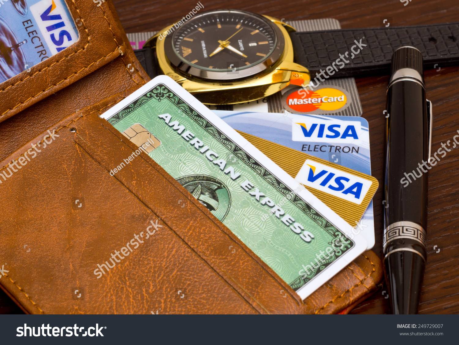 how to close american eagle credit card
