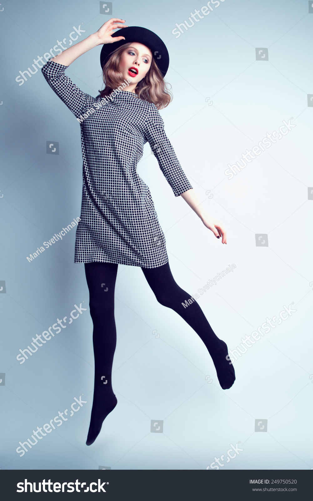 style dress for girl jumping