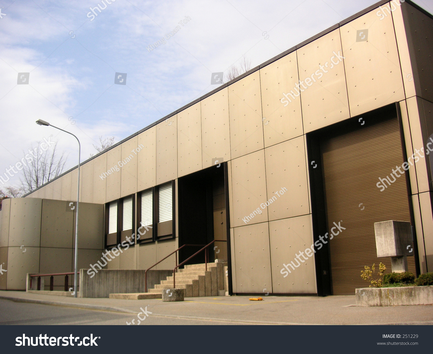 Modern Metal Building Stock Photo 251229 Shutterstock
