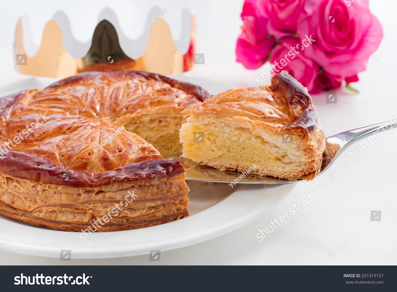 Epiphany cake king cake galette des rois stock photo 251319127 shutterstock - Epiphanie galette des rois ...