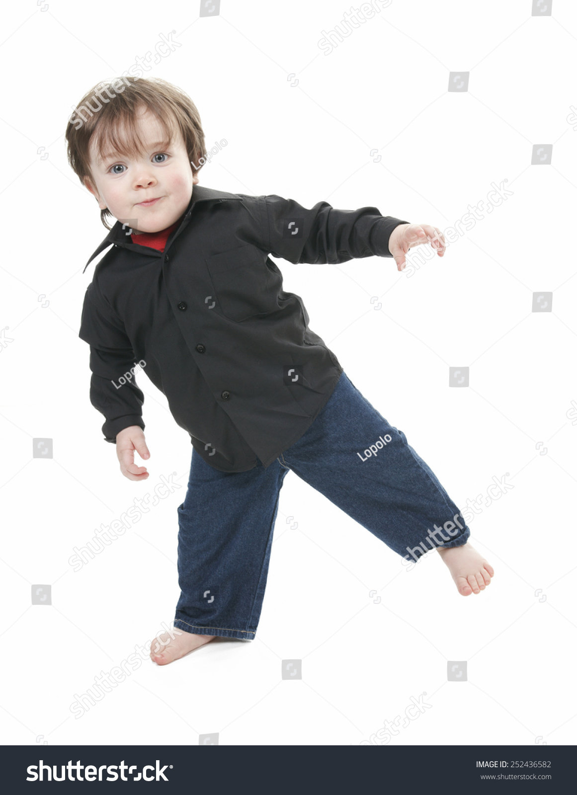 a little boy in studio white background | ez canvas