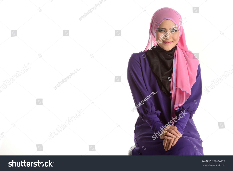 Fashion Portrait Young Beautiful Asian Muslim Stock Photo 253026277 - Shutterstock-1494