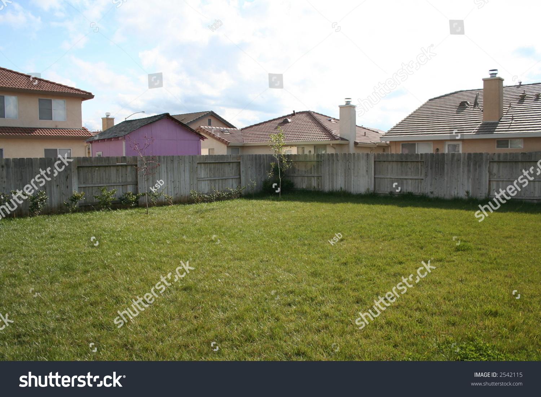 Suburban Backyard Garden : Large Suburban Backyard Stock Photo 2542115  Shutterstock