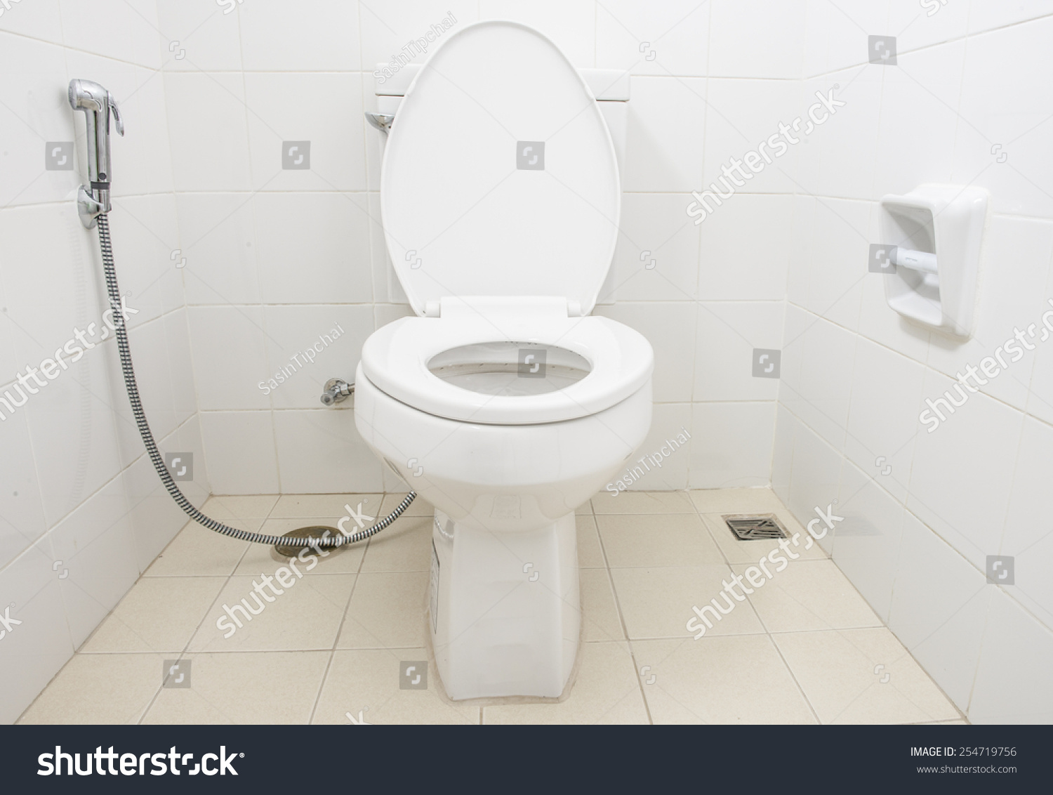 Bathroom Toilet Bowl - Toilet bowl in a modern bathroom