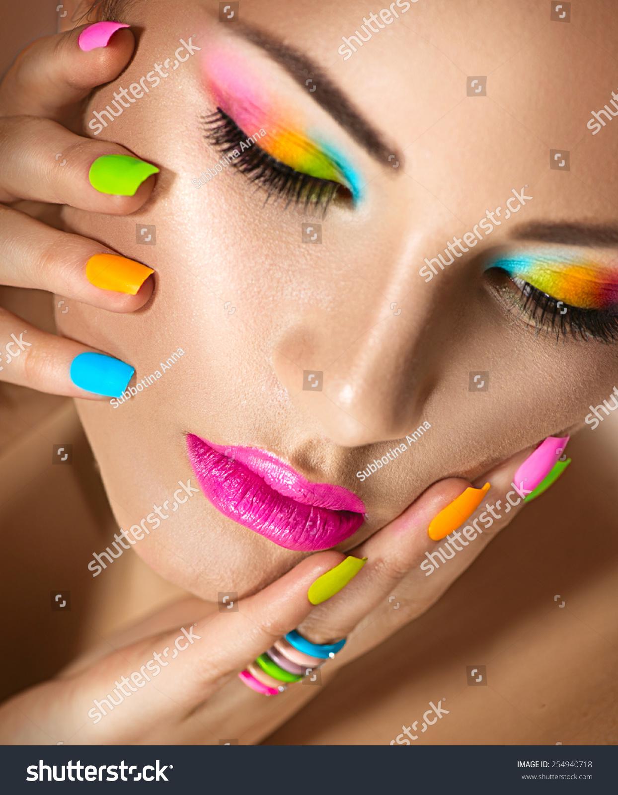 Ladies Beauty Blogger Beauty Teen 25