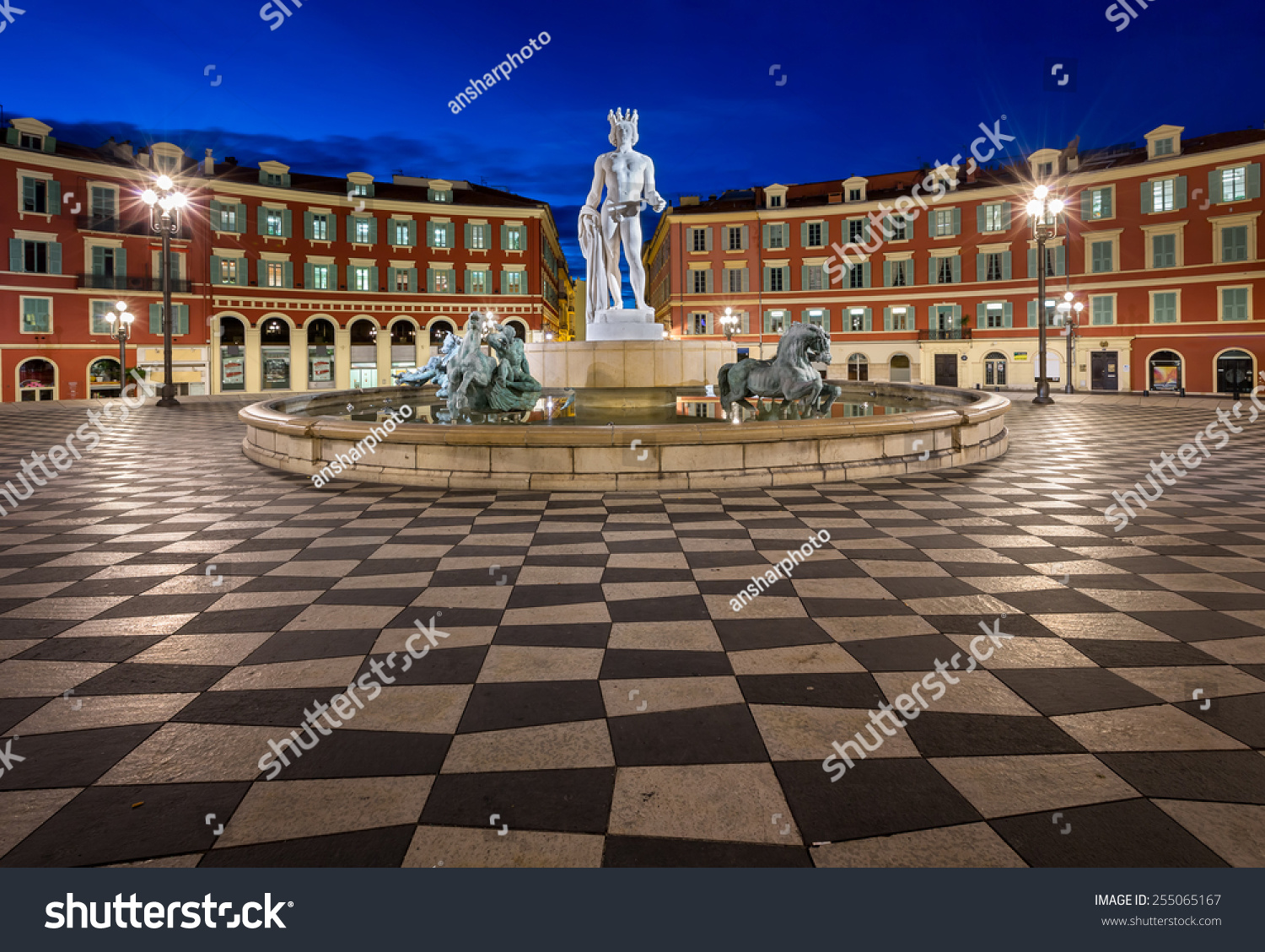 Place massena and fountain du soleil at dawn nice france for Piscine du soleil nice