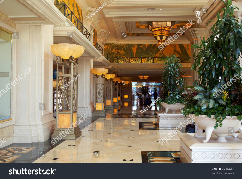 Beautiful big foyer in the luxury expensive hotel. las vegas ...