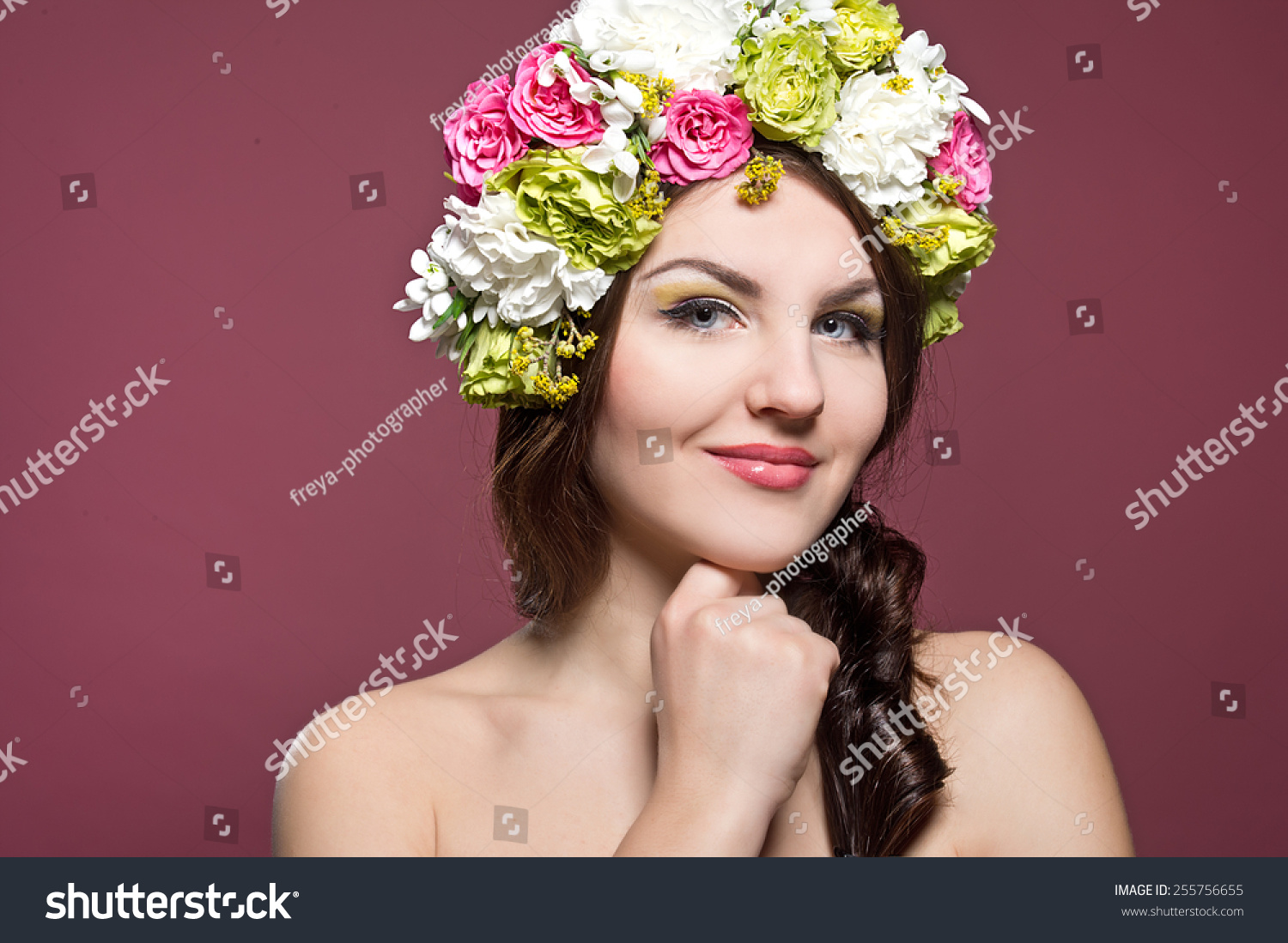 Portrait of a beautiful woman with flowers in her hair fashion id 255756655 izmirmasajfo
