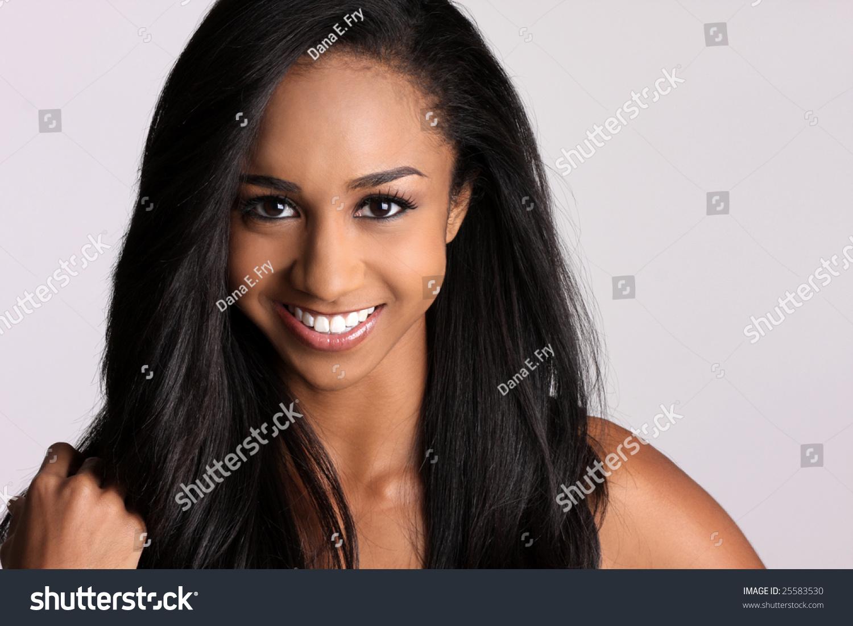 豪華なアフリカ系アメリカ人女性