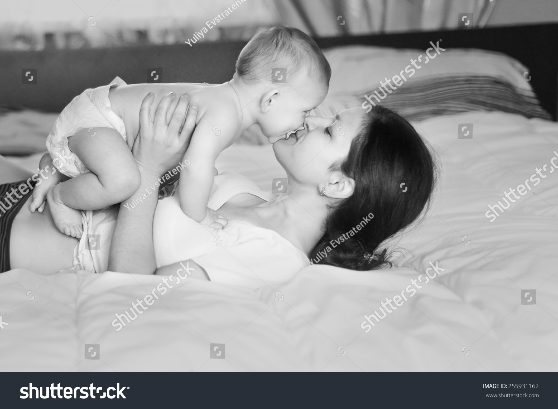 Black White Art Photo Beautiful Mother Stock Photo Edit Now 255931162